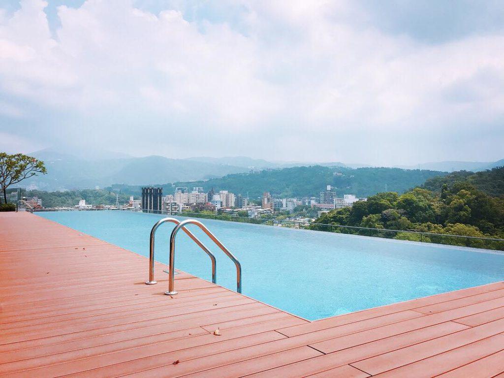士林萬麗無邊際泳池